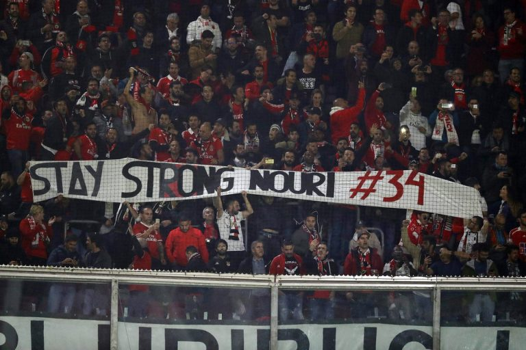 Benfica Fans Nouri Support