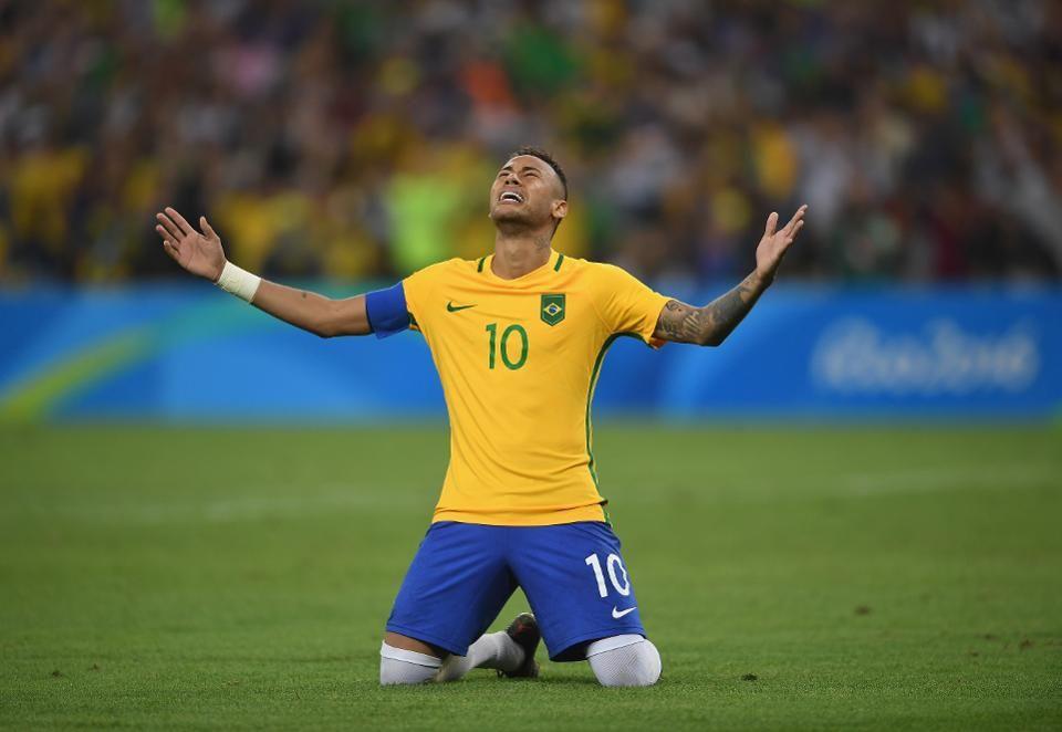 Soccer Praying