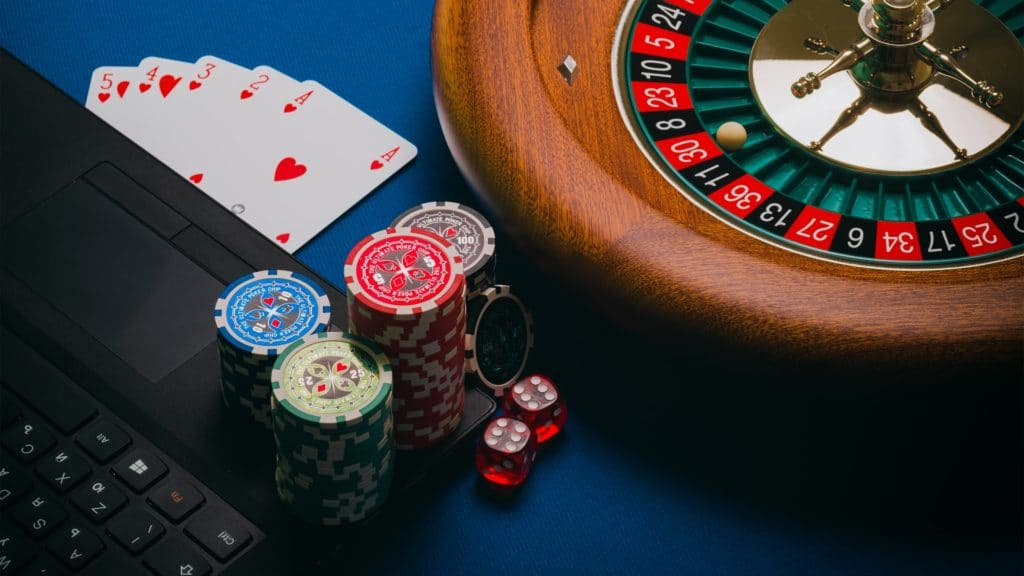 online-poker-play-online